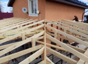 монтаж стропильной системы вальмовой крыши