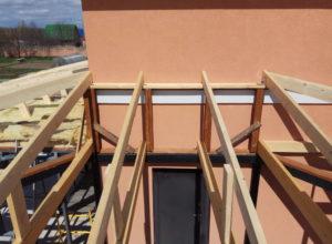 крепление крыши навеса к дому